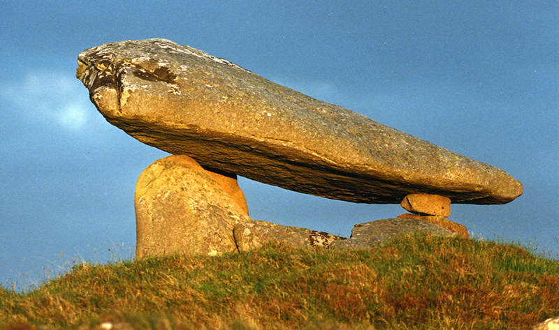 Kilclooney dolmen