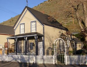 Virginia City Edith Palmer's B&B